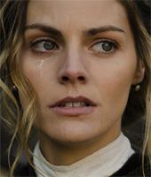 Alicia, the dutiful daughter